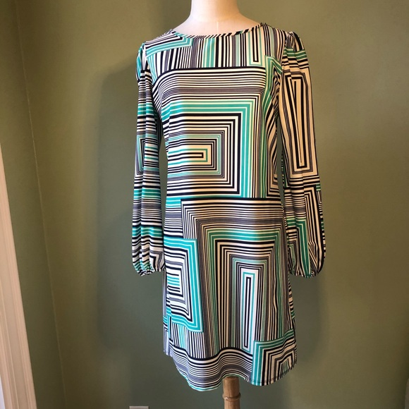 Jude Connally Dresses & Skirts - Jude Connolly Geometric Print Shift Dress